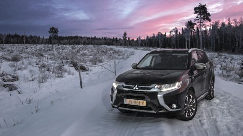 Mitsubishi Outlander PHEV winter